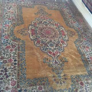 Handmade persian tabriz medallion rug negotiable