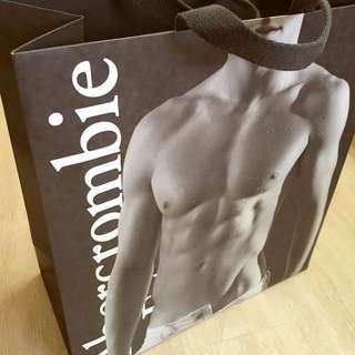 Abercrombie紙袋