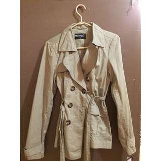 Stylish Ladies Fall Jacket