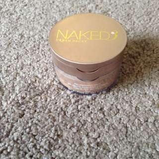 Naked 3 Urban Decay Foundation And Loose Powder