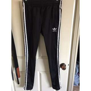 ADIDAS SUPERGIRL TRACK PANTS SIZE S (8)