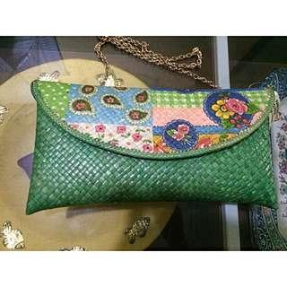 Tas Vintage Anyaman Decoupage Sling Bag Party Bag