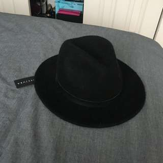 Decjuba Hat