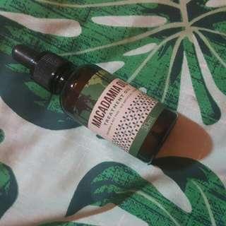 Macadamia Treatment Oil