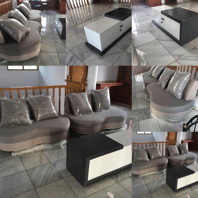 1 Set 2 Sofa Dan 1 Meja