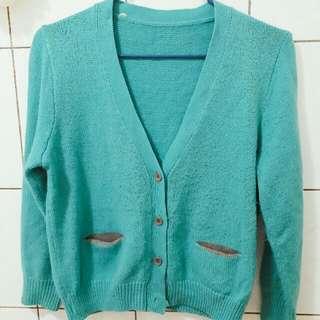 針織果綠色外套