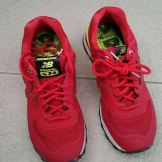 (IMMEDIATE  DEAL @$39) Selling Red New Balance shoe - Used