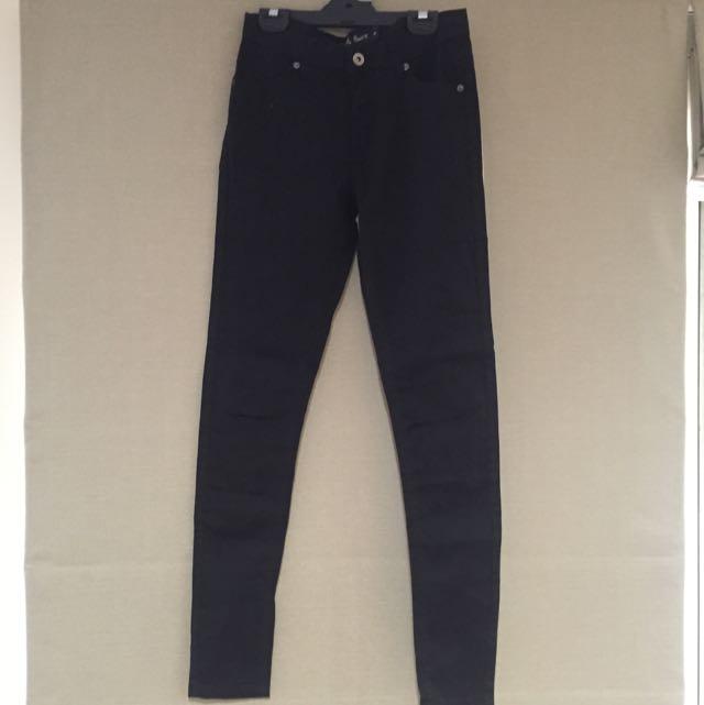 Black Jeans With Slit At Knees