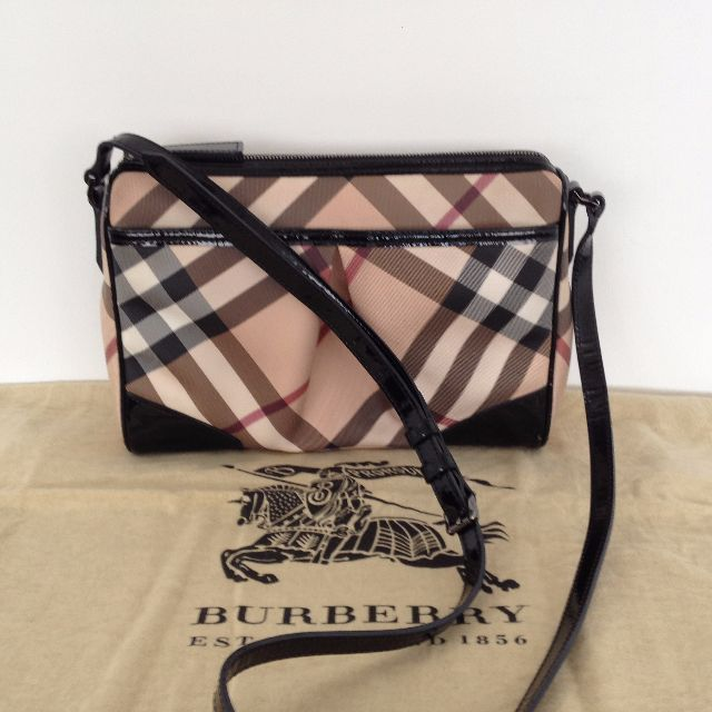 1acea72fcfd2 Burberry Nova Check Crossbody Bag
