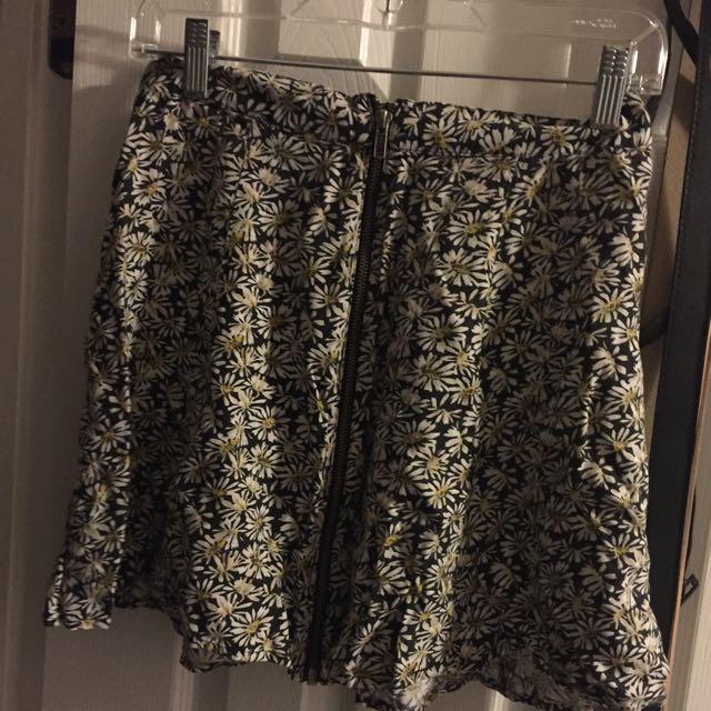 Daisy Patterned Skirt