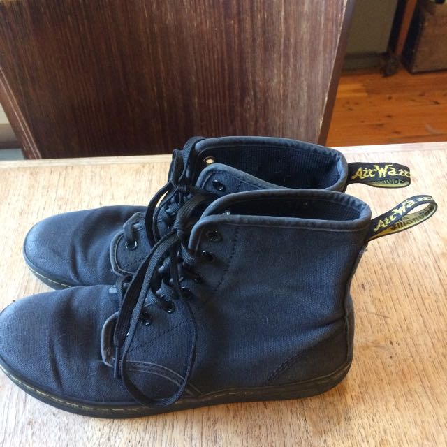 DR MARTENS Black Canvas Boot