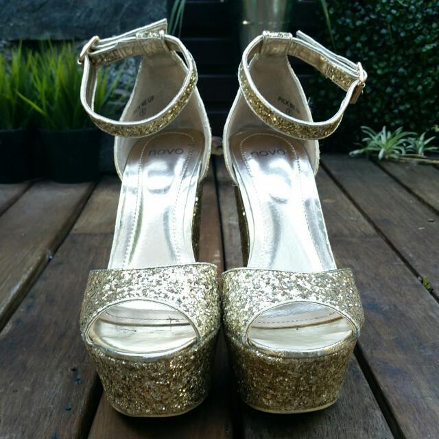 Gold Heels - Novo
