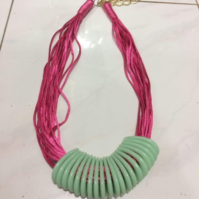 Kalung Fashion Wanita - Pink