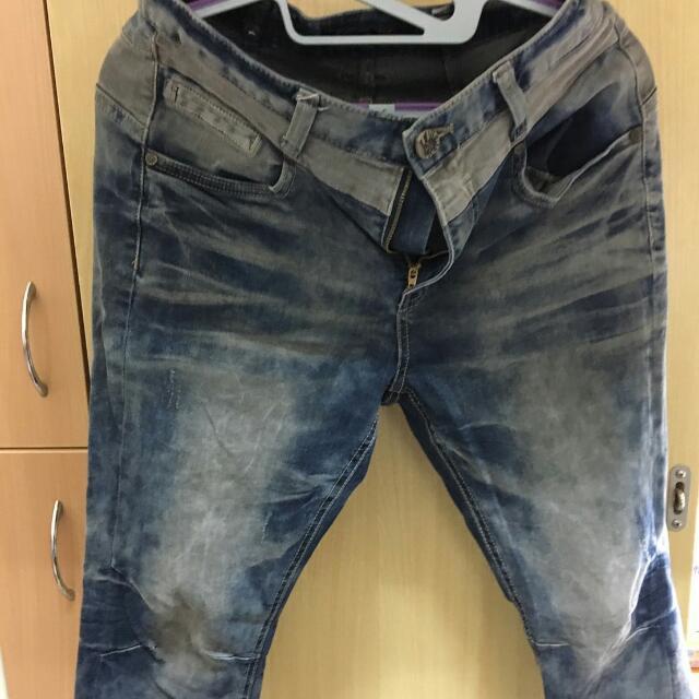 牛仔褲m號