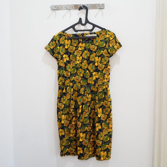 Minimal Floral Dress