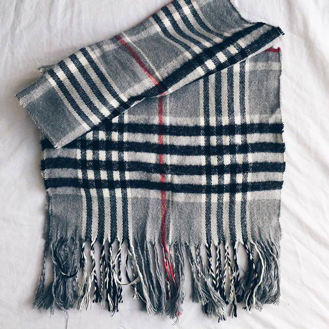Non Authentic Burberry Scarves