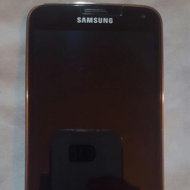 Samsung Galaxy S5 32GB Unlocked MINT Condition