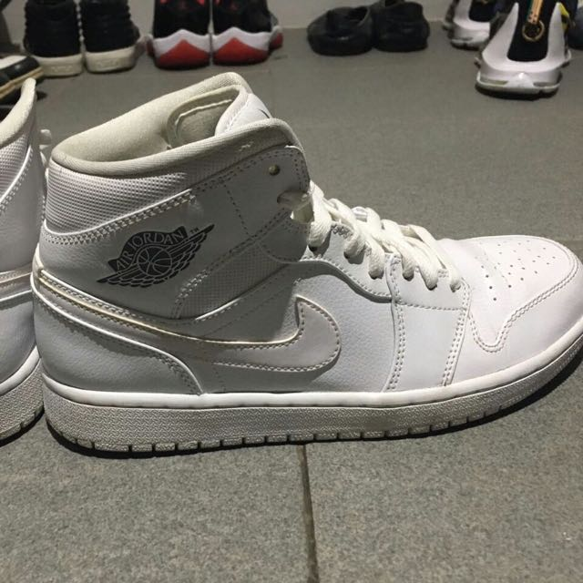 Sepatu Air Jordan All White