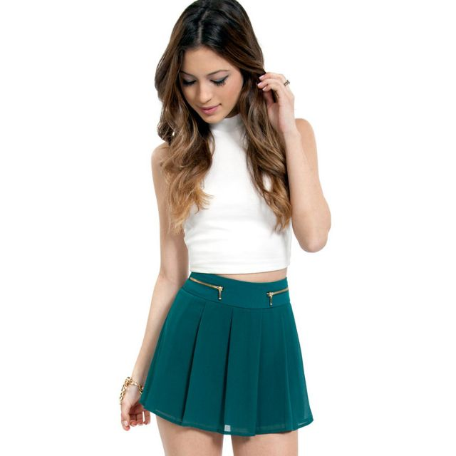 Tobi Kylie Pleated Shorts