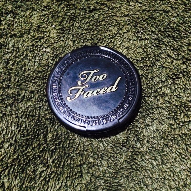 Too faced luminous bronzer