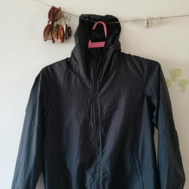 (SOLD) UNIQLO Jacket