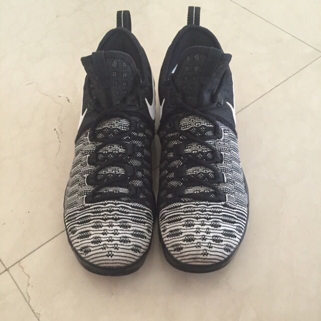 e090f6a604c8 US 11 Nike Zoom KD 9