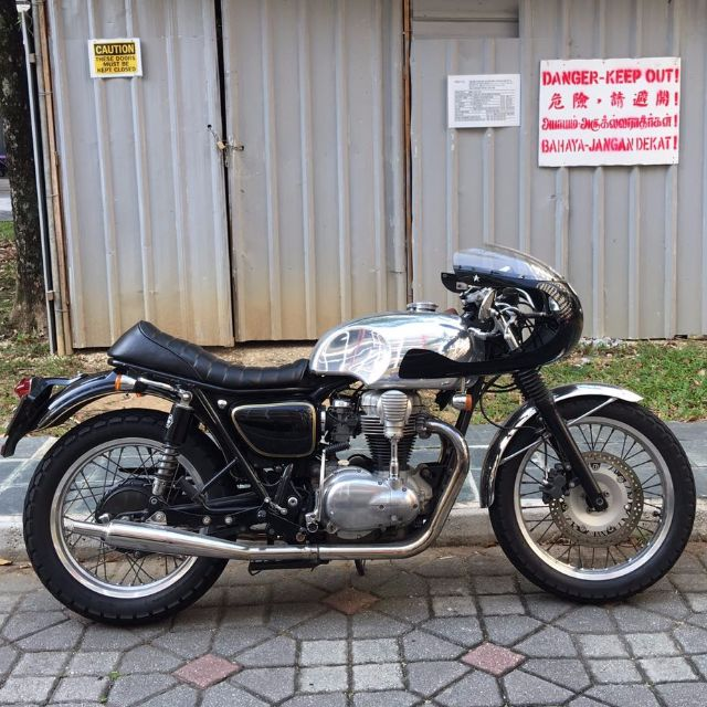 Kawasaki W650 W800 Cafe Racer Kits For Sale Motorbikes On Carousell