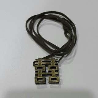 囍字造型項鍊-皮質項鍊+金屬墜飾