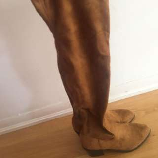 Forever 21 Over knee Boots