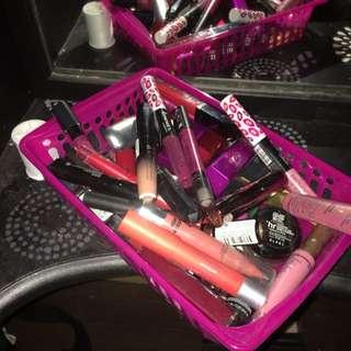 20-30 Lipsticks/glosses
