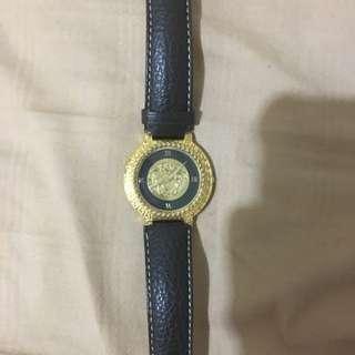 versace經典女王頭古董錶大降價
