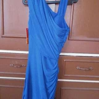 BLUE BODY HUGGING DRESS