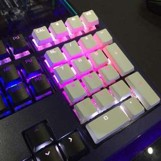 Ducky White Floating Keycap