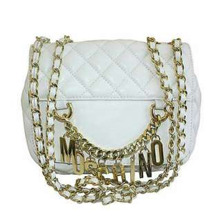 MOSCHINO WHITE QUILTED LEATHER CHAINED SHOULDER BAG