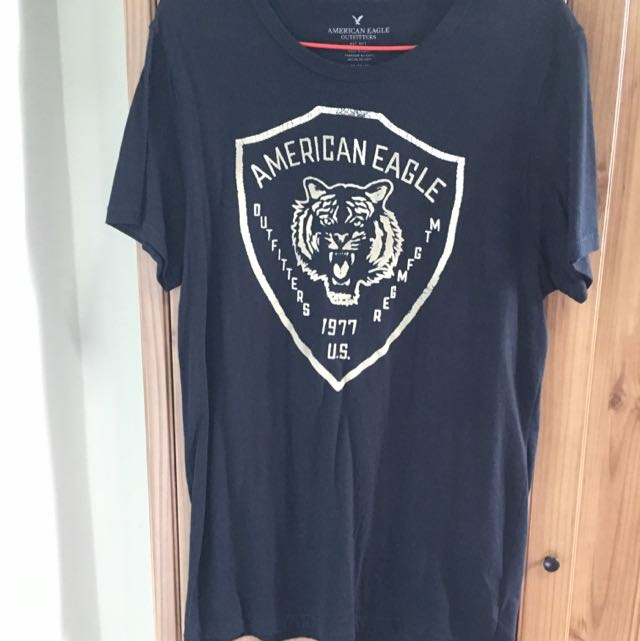 707818479 American Eagle Outfitters T-shirt, Men's Fashion, Clothes on Carousell