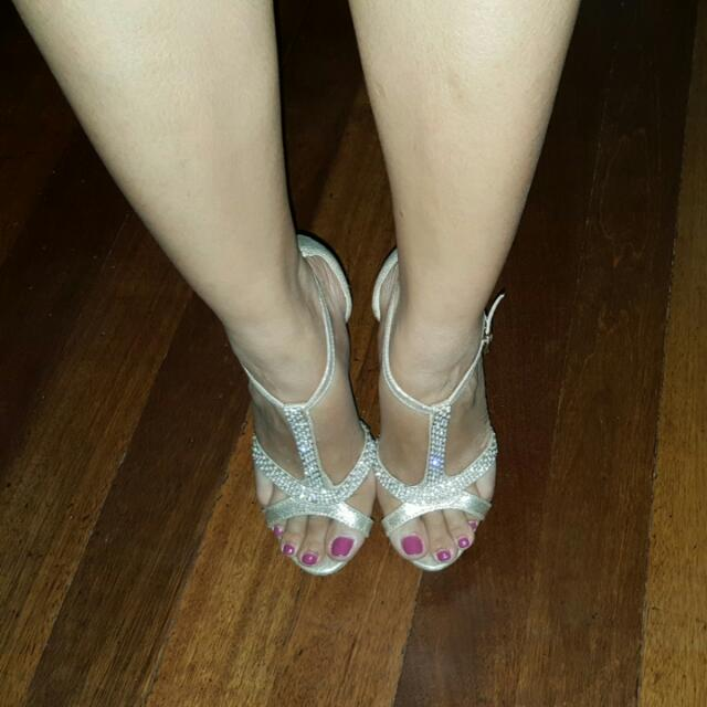 B Club High Heels