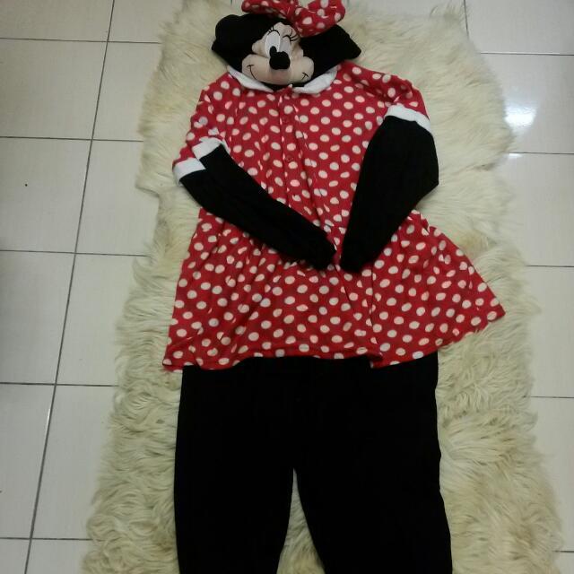 Baju Tidur Maskot Minnie Mouse Brand Original Mickey Mouse One Size Fix All, Barangan Antik, Barangan Antik di Carousell