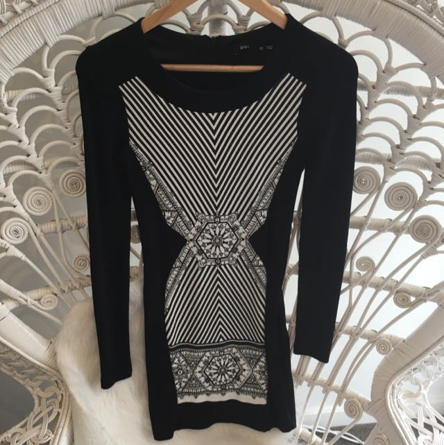 Black & White Patterned Bodycon Dress - Sports girl XS