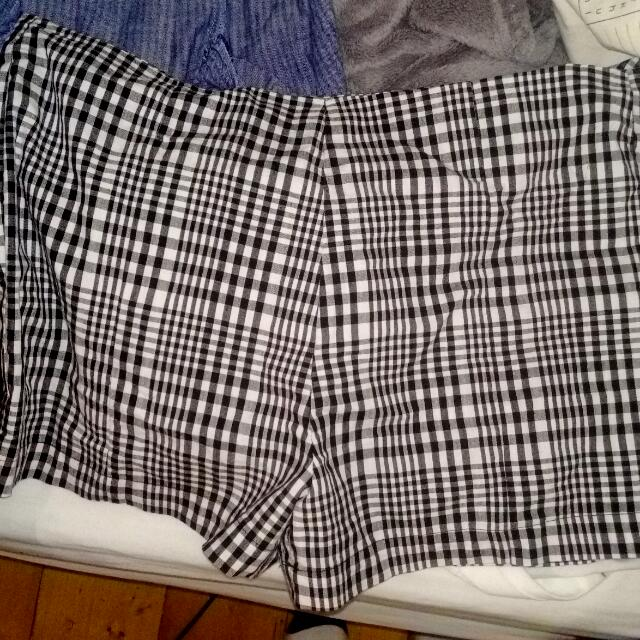 Dangerfield Shorts