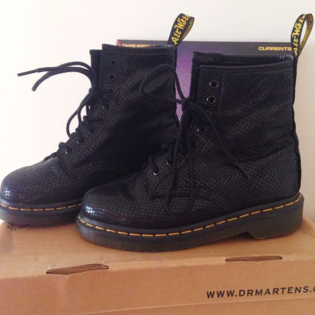 Dr Martens- Black Noir Size US 6 Women