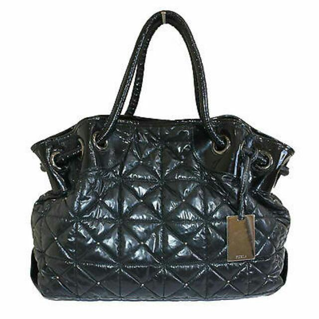 Furla Carmen Grande Onyx Quilted Leather Tote Bag Women S Fashion Bags Wallets On Carou