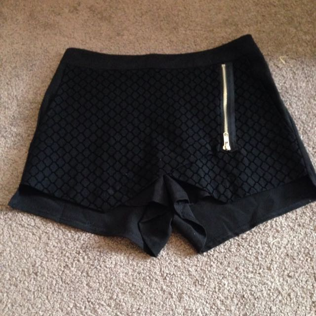 Size 6 Black Skort From Tempt