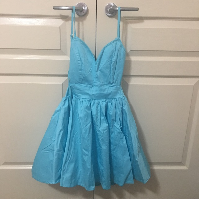 Sweet Blackless Blue Dress