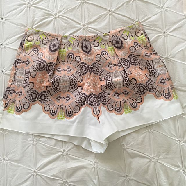 Thurley Shorts - Size 10