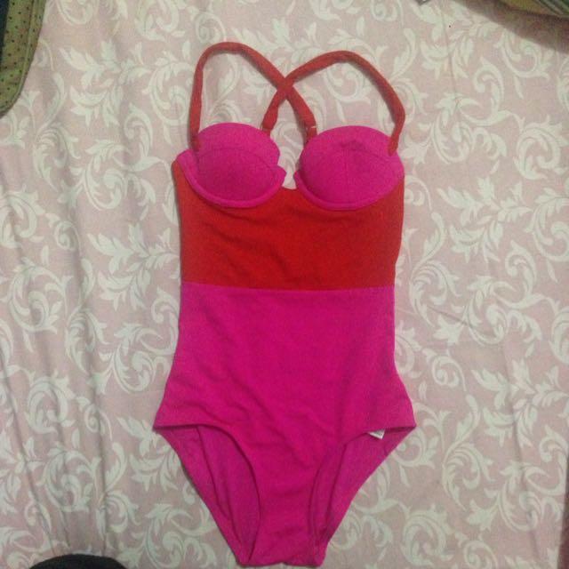 TOPSHOP Monokini/swimsuit/swimwear/baju renang