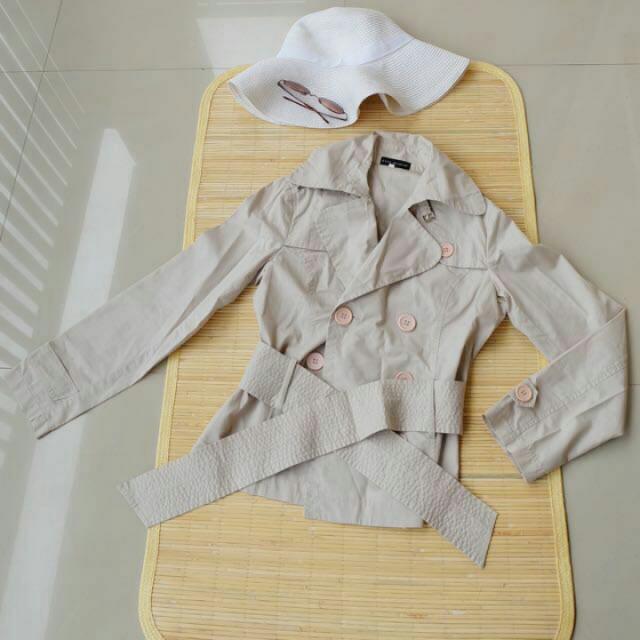 Zara Coat Warna Khaki