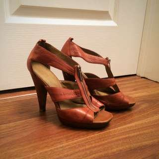 Jessica Simpson Heels - Size 7.5 Or 8