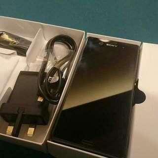 Sony Z3 Dual (Hold)