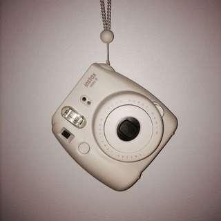 Polaraoid Camera (Instax Mini 8)