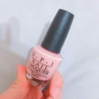 OPI粉色指甲油